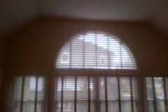 Picture Of Horizontal Window Treatment In An Arched Window In NJ - Speedwell Design Center