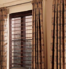 Speedwell Design Covers Dining Room Windows Stylishly